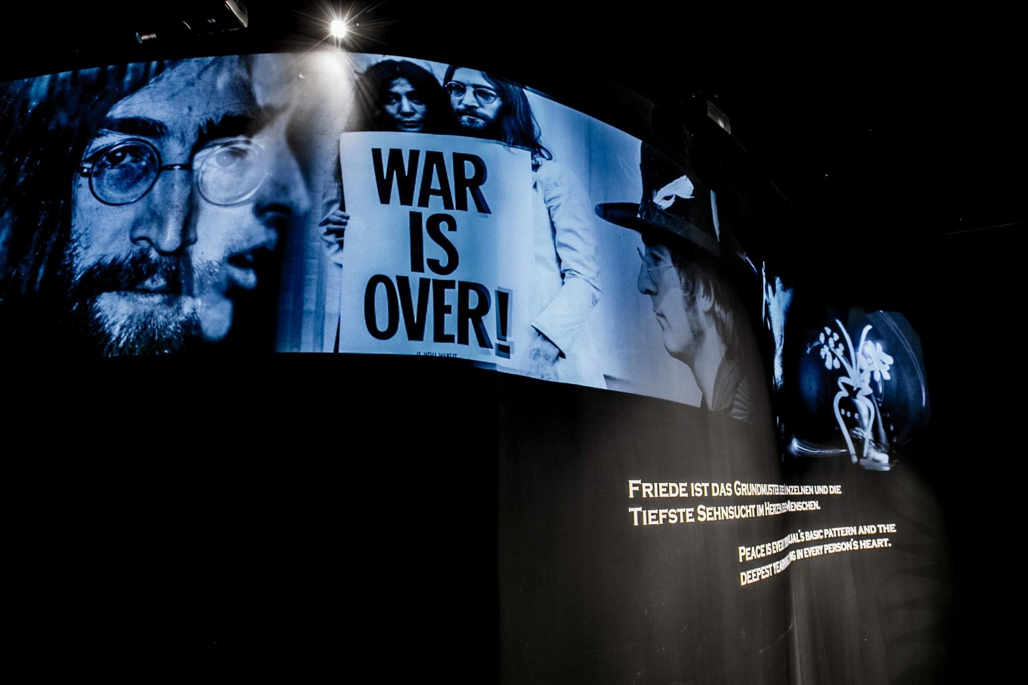 SKW - Heroes of Peace - André Heller - (c) Jan Hetfleisch (4)a